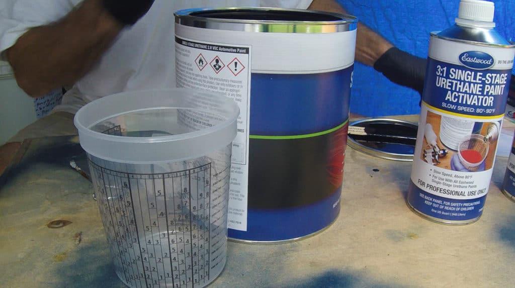 Automotive spray paint Eastwood single stage